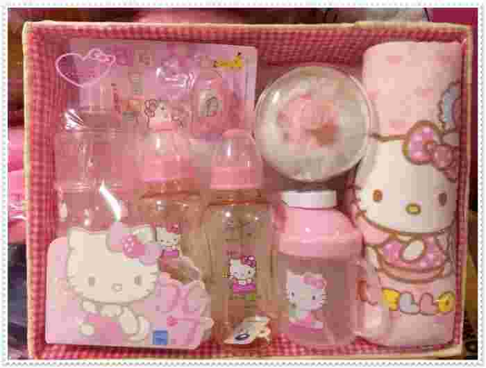 ♥小花花日本精品♥Hello Kitty 奶瓶組